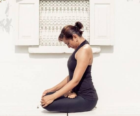Кому полезна джаландхара бандха?