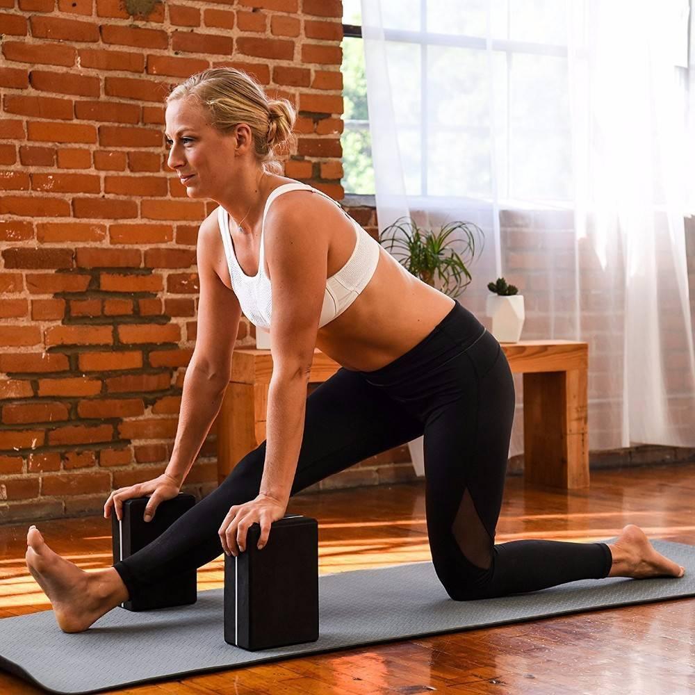 Как использовать болстер для йоги. йога для начинающих :: блог о йоге :: портал о йоге хануман.ру