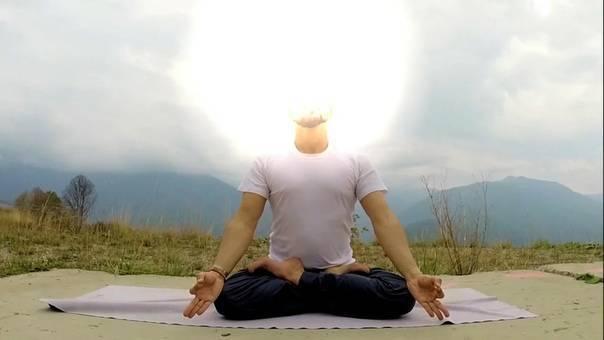 Упражнения йоги от насморка и простуды