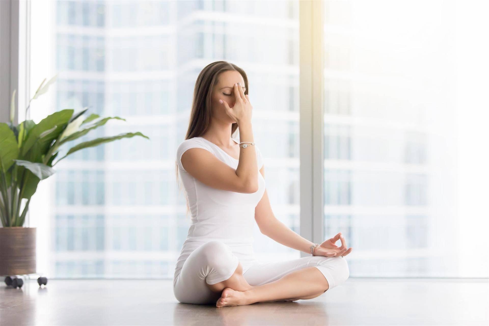 Йога от простуды - какие техники могут помочь в лечении