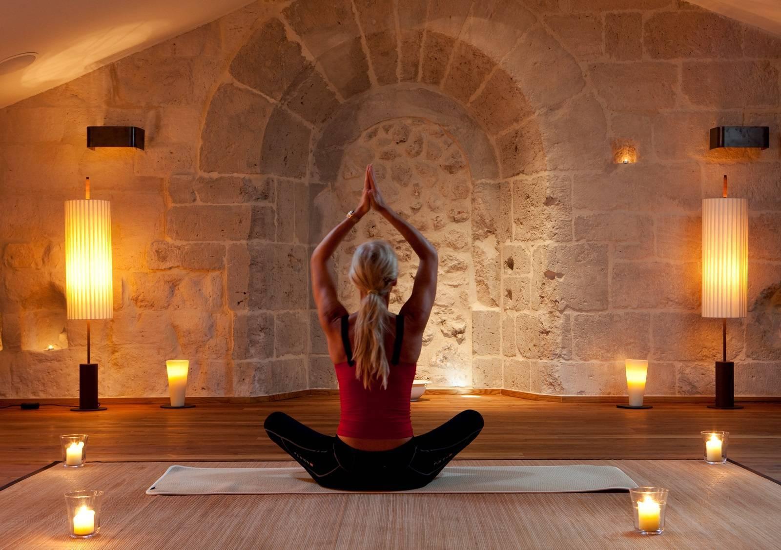Медитация с мантрой «ом»