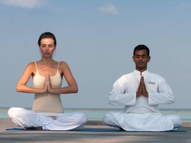 Сколько асан в йоге: история возникновения