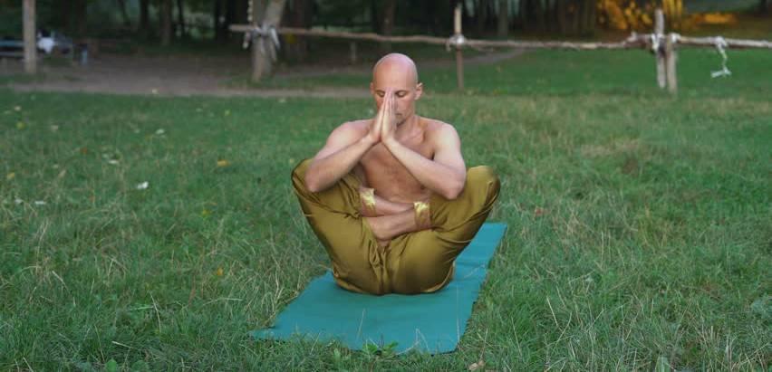 Крия йога (крийя): что это такое, основные упражнения с видео и особенности практики