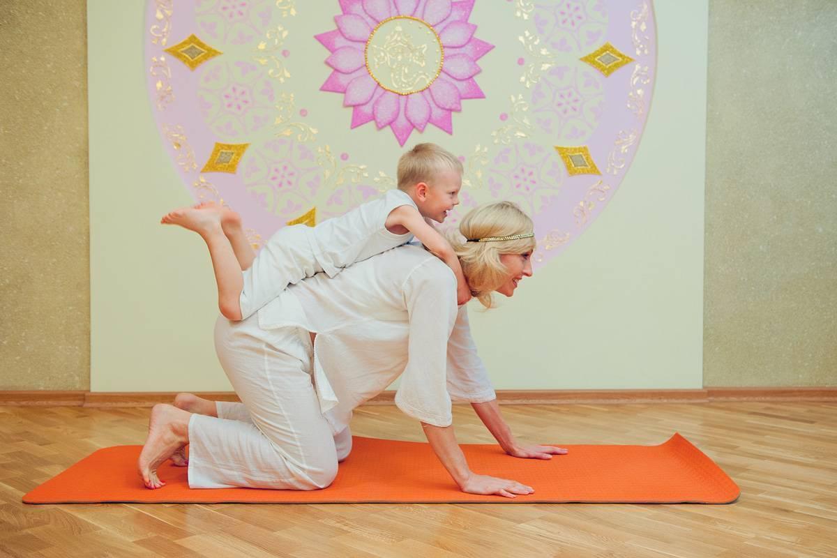 Особенности занятий йогой с детьми от 3 до 6 лет. детская оздоровительная йога