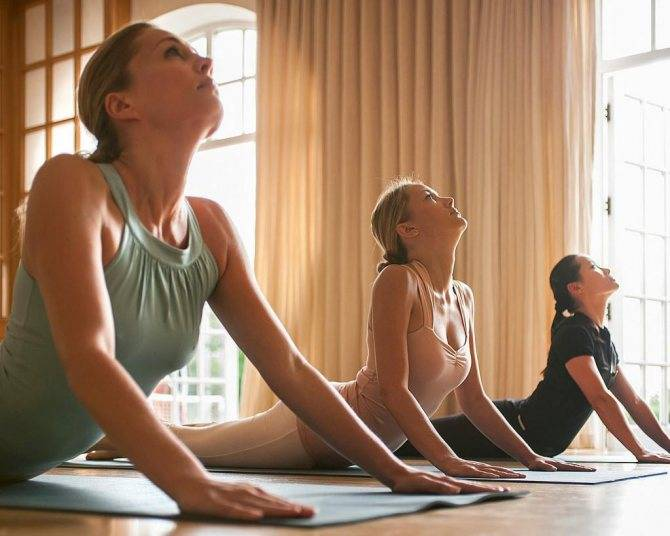 Йога для здоровья: чем полезна для женского, мужского здоровья
