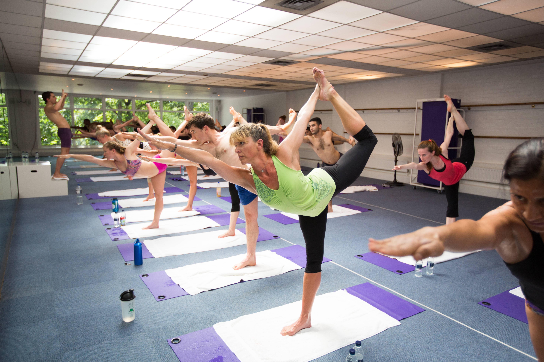 Бикрам йога - самый экстремальный и интересный вид йоги