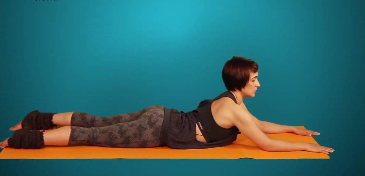 Несокрушимая поза алмаза или ваджрасана в йоге: медитативная асана с пользой для тела