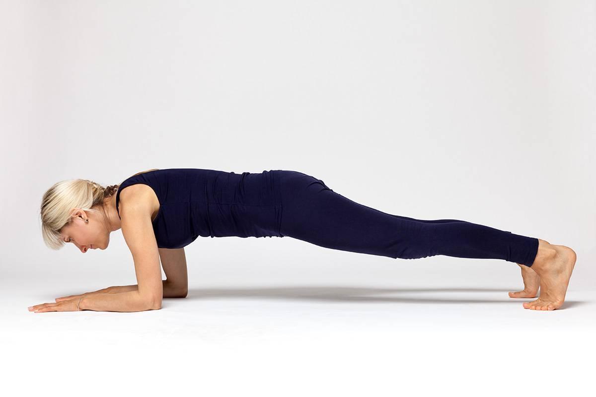 Пурвоттанасана или поза перевернутой планки в йоге: техника выполнения, польза, противопоказания