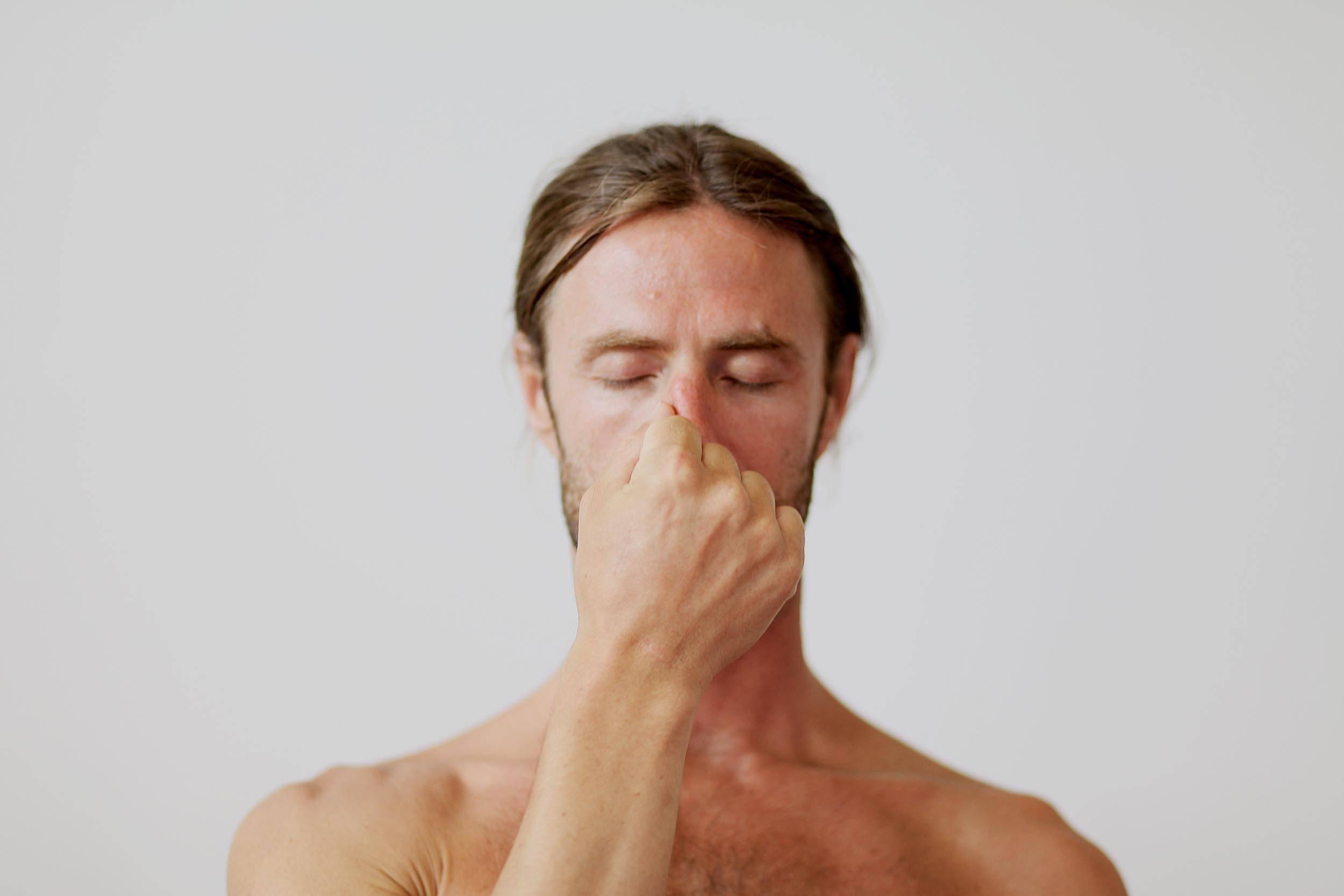 Упражнения при бронхите: дыхательные, по стрельниковой, для отхождения мокроты   компетентно о здоровье на ilive