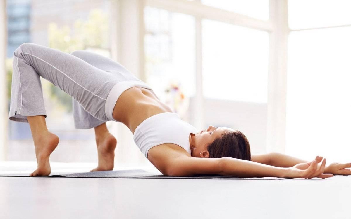 Утренняя йога «приветствие солнцу» для начинающих