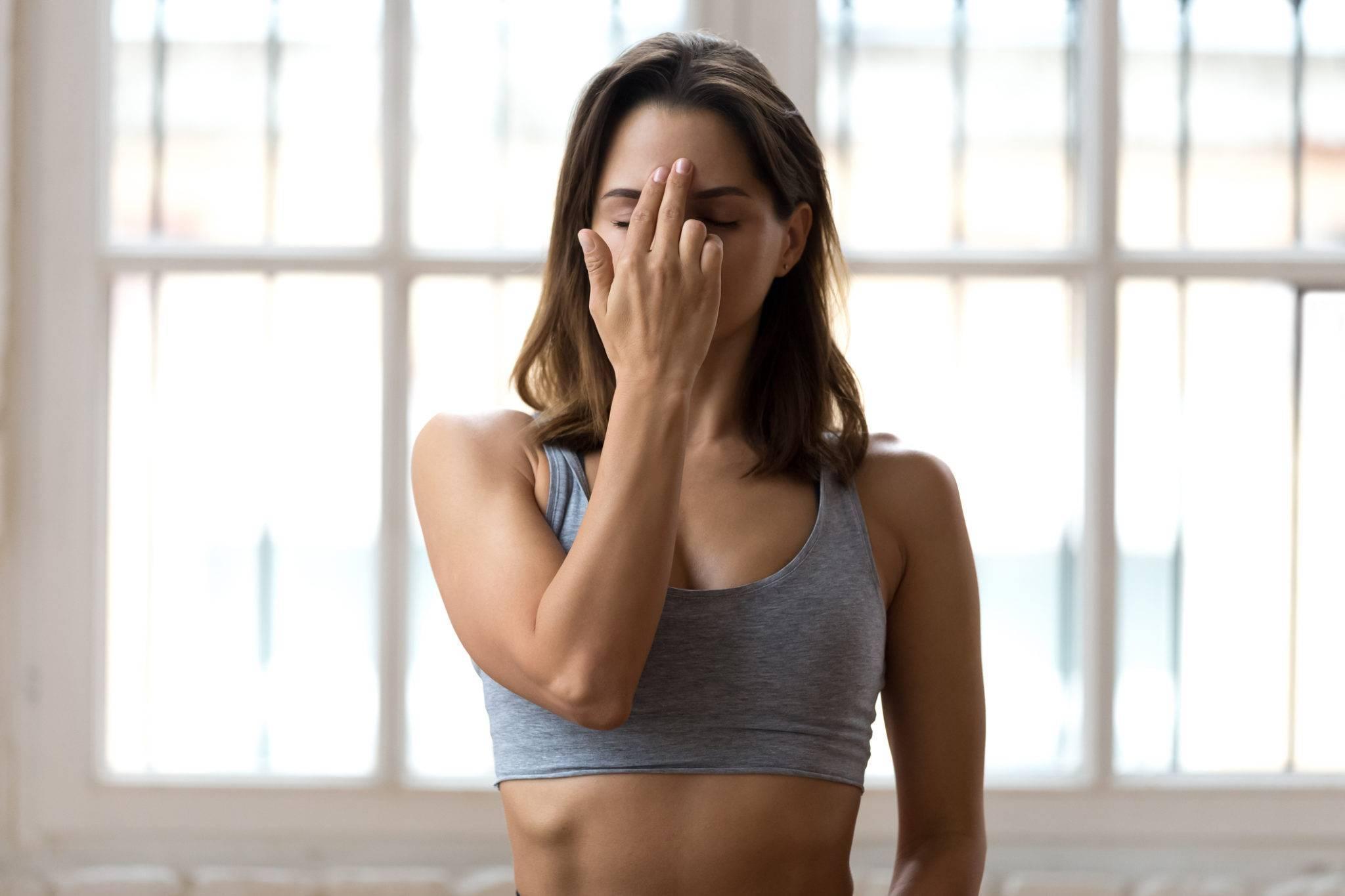 Польза и техника дыхания нади шодхана в йоге