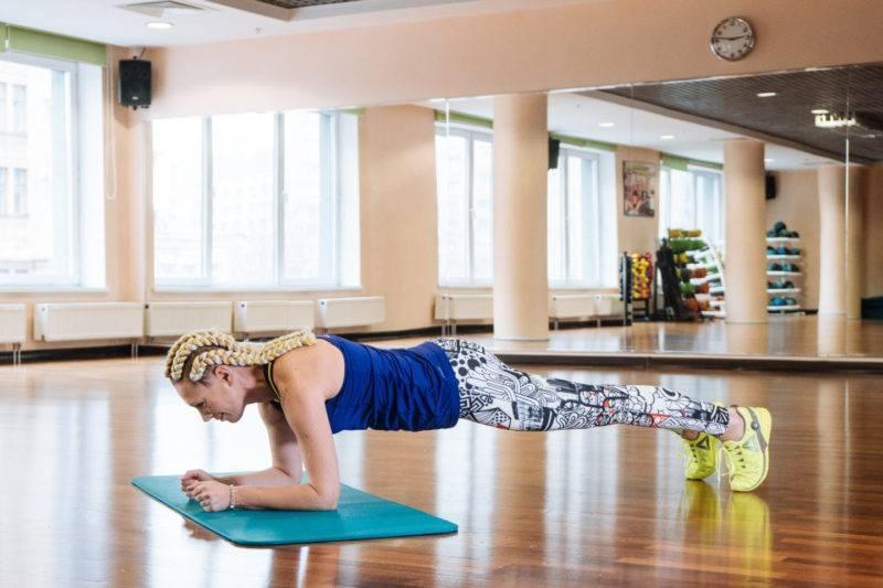 Укрепление спины для начинающих. йога для осанки.