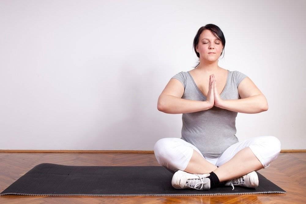 Йога для женщин после 40, 50, 60 лет: польза и упражнения
