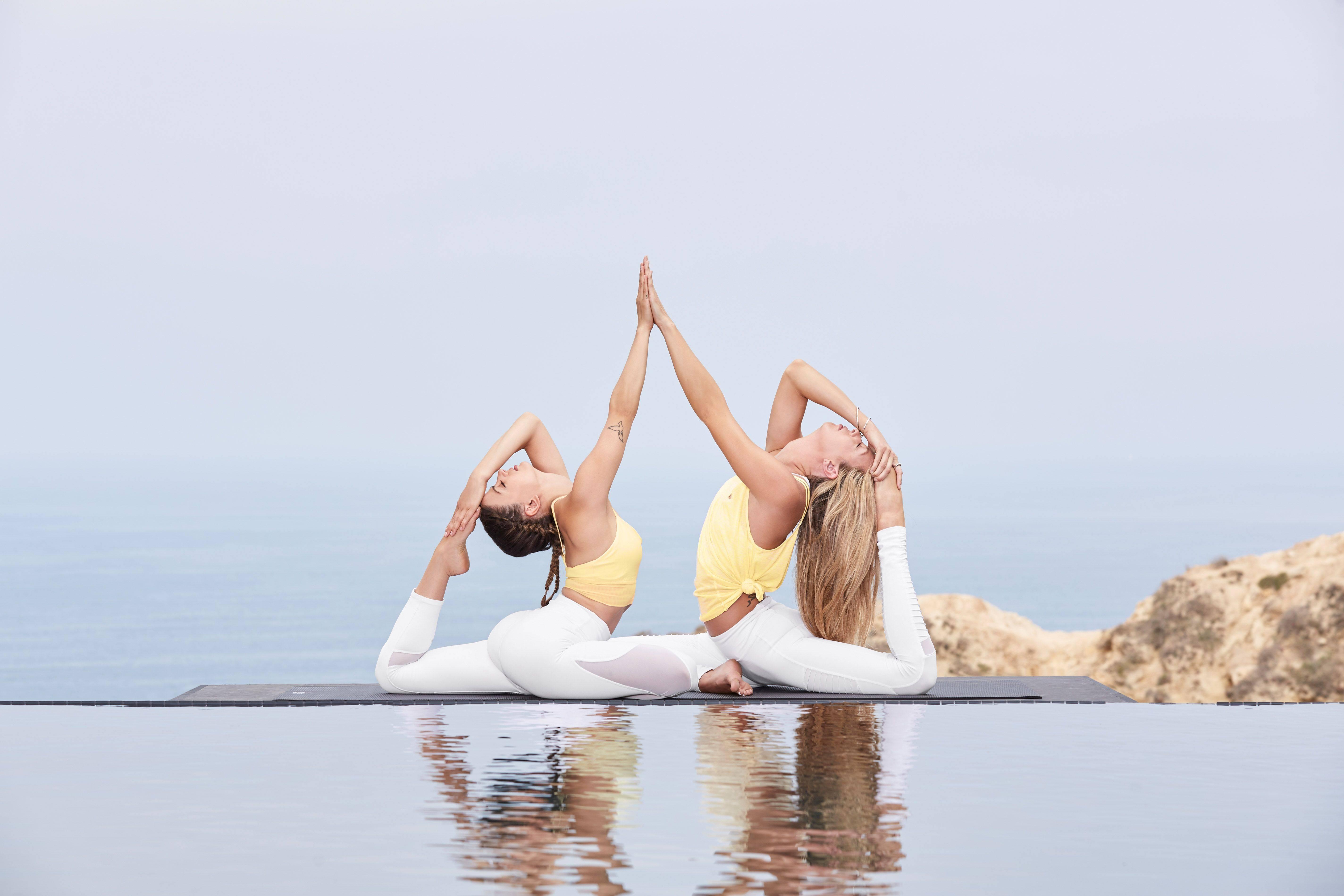 Йога для начинающих: особенности упражнений и рекомендации по их выполнению