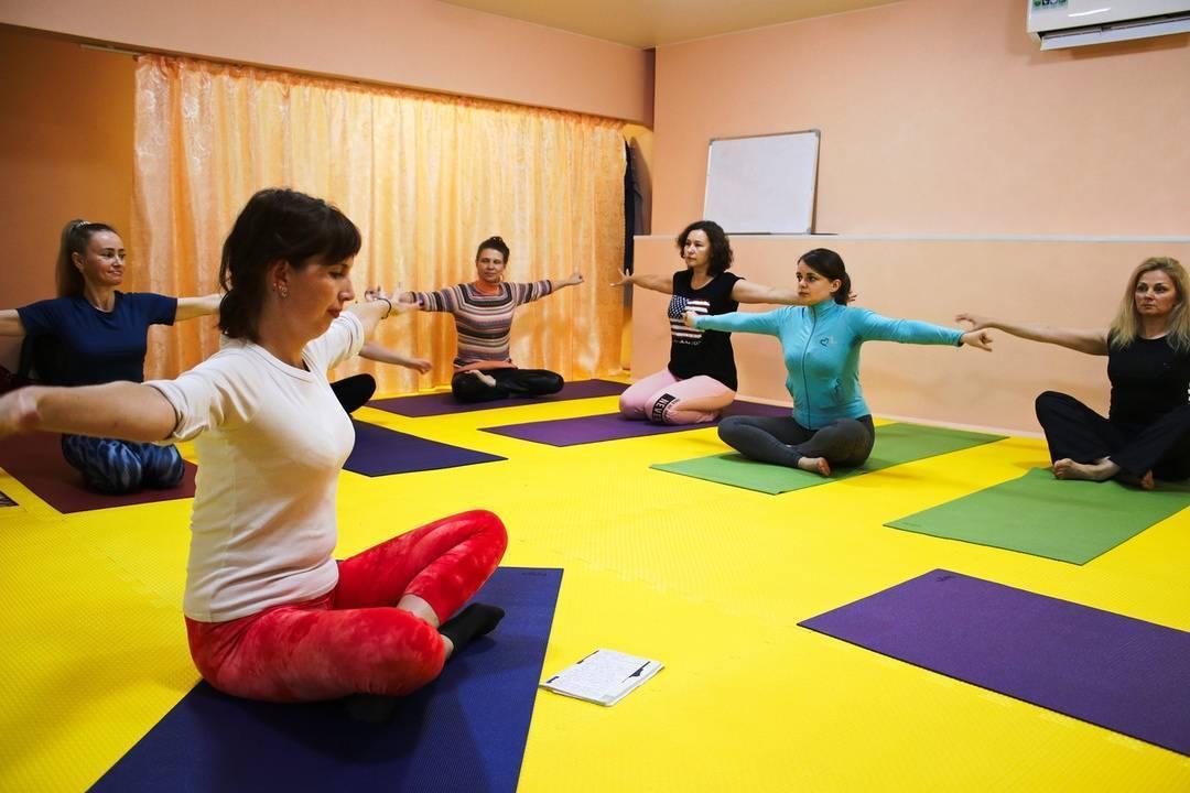 Йогатерапия: что это такое?