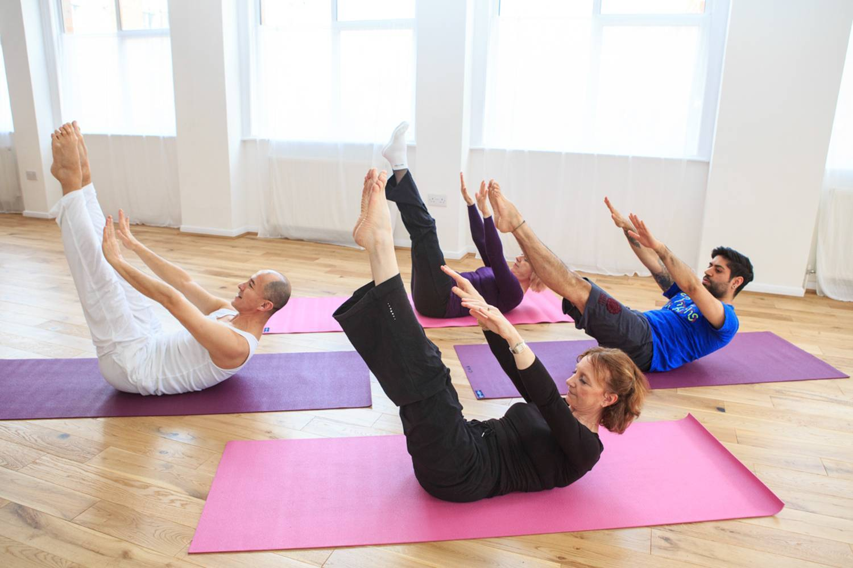 Что такое йога и зачем она нужна на самом деле: 5 волшебных инструментов