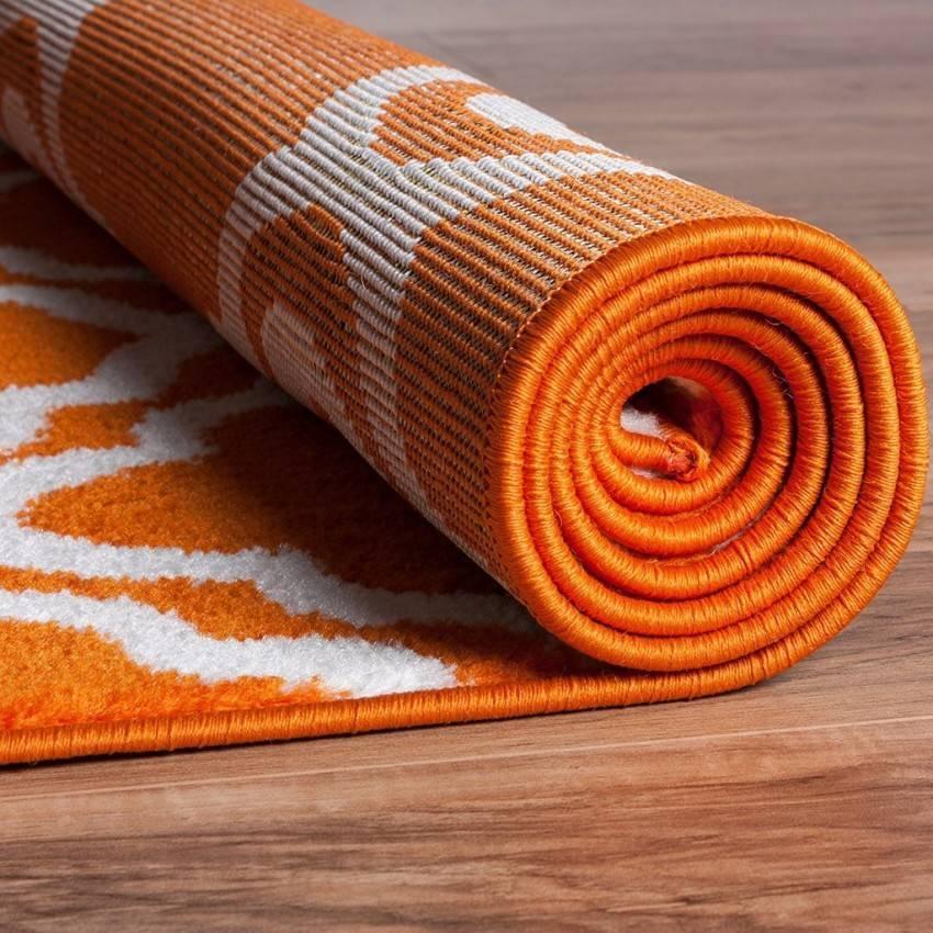 Как выбрать коврик для йоги: правила выбора. советы эксперта.   бомба тело
