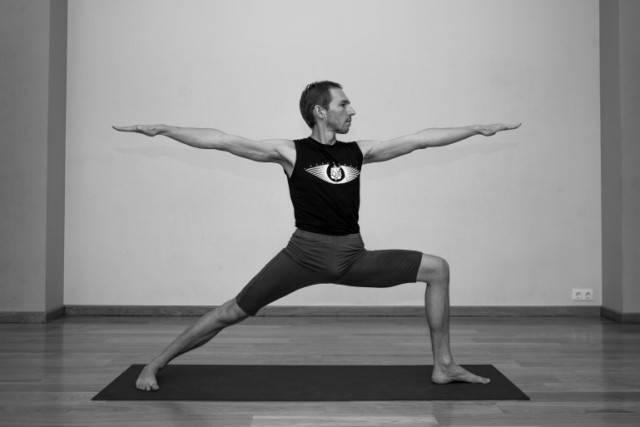 Секреты выполнения вирабхадрасаны 3, техника позы поза героя 3 в йоге, польза асаны