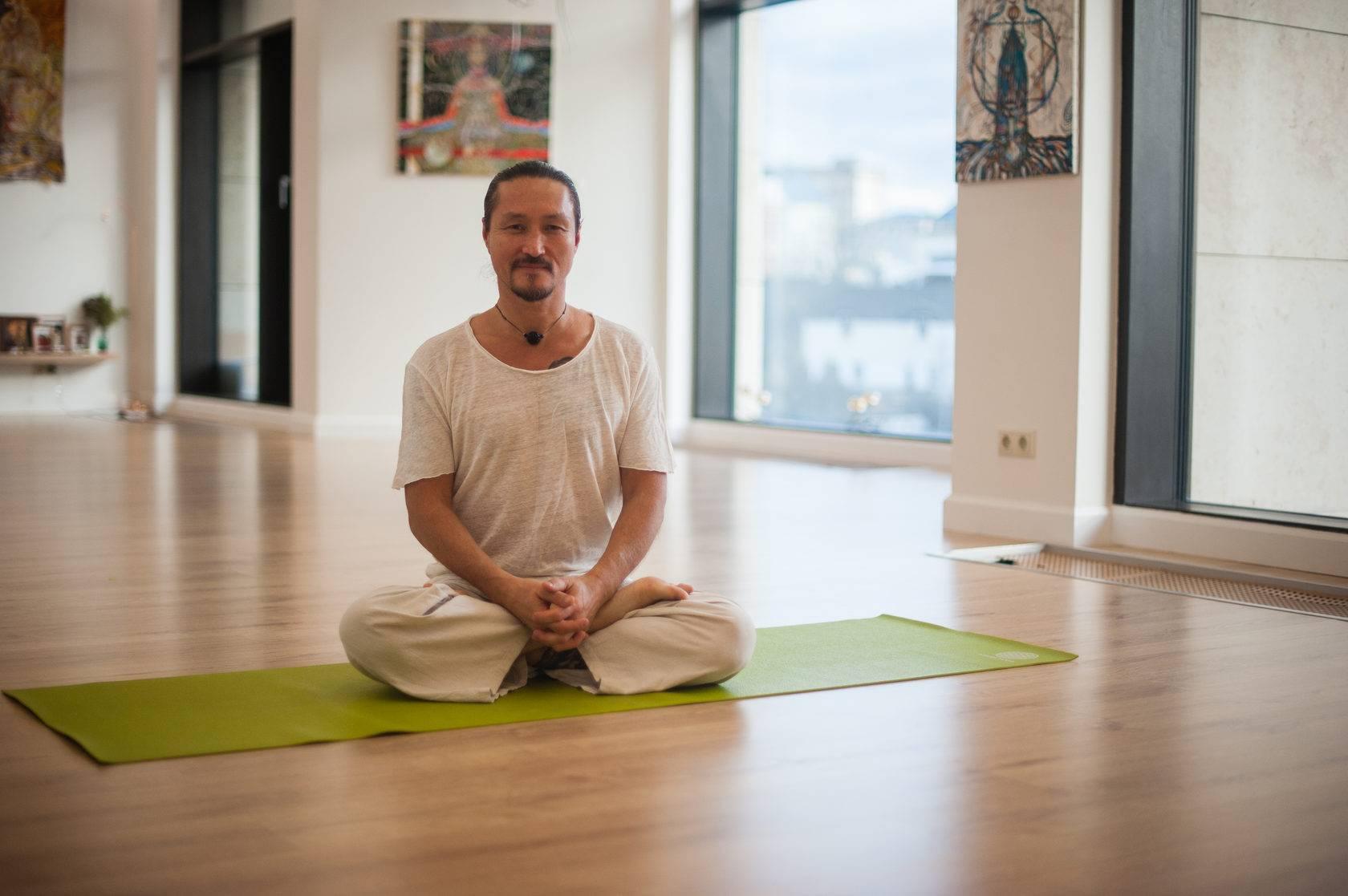 Крийя йога для начинающих: упражнения и польза для тела