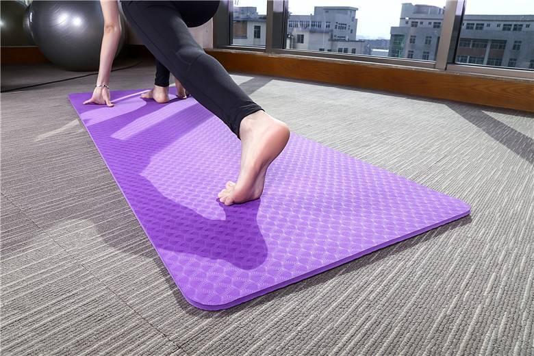 Правильный выбор коврика для занятий йогой