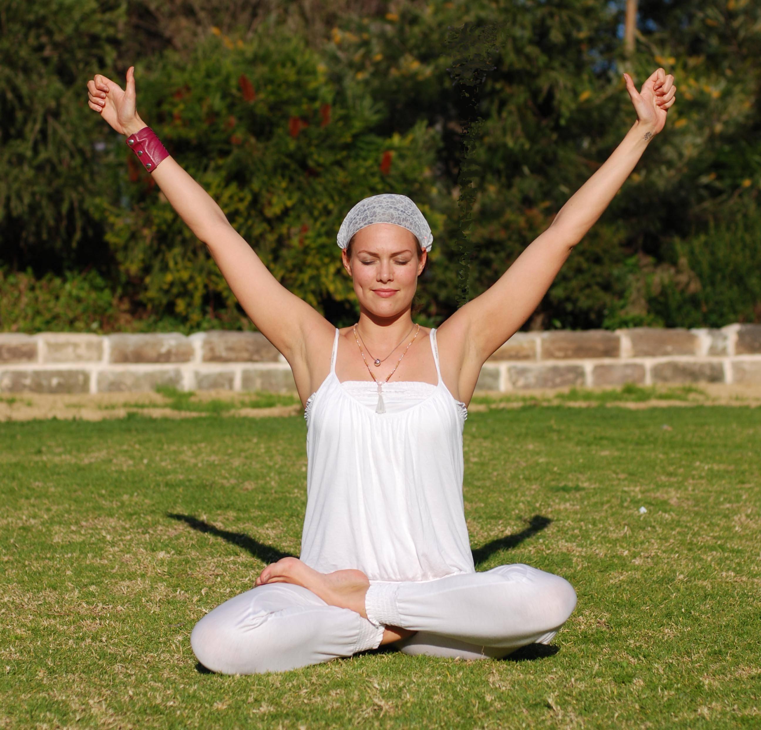 Дандасана: поза посоха в йоге с подробной техникой выполнения и фото