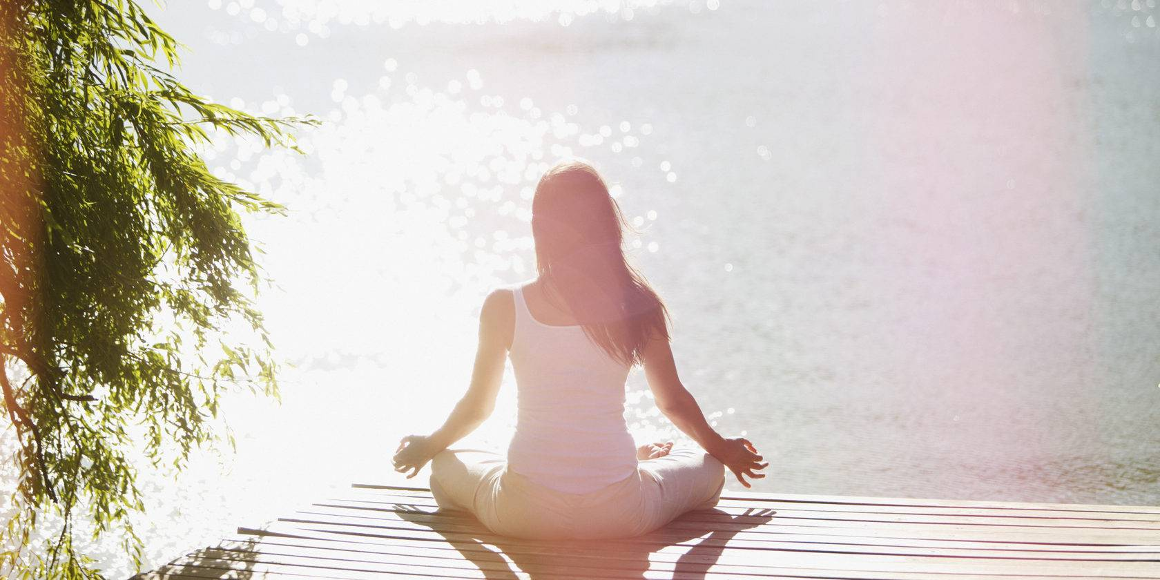 Как научиться медитировать в домашних условиях новичкам: практики и советы