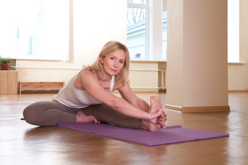 Упражнения для лица: комплекс для подтяжки мышц и коррекции овала