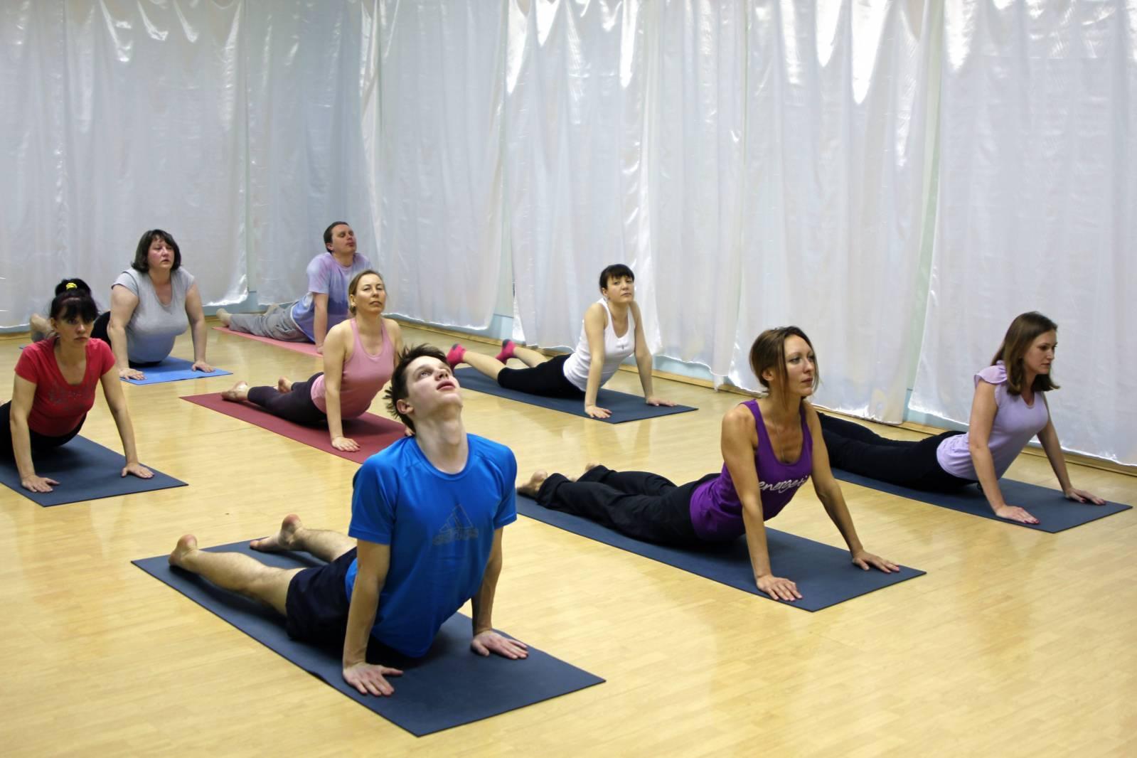 Уроки йоги