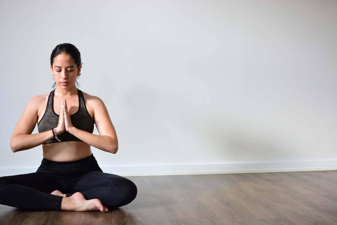 Йога при простуде, гриппе и насморке: занятия при температуре