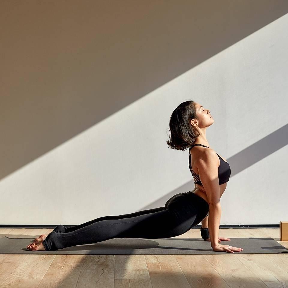 Асаны в йоге для здоровья женщин, мужчин, беременных