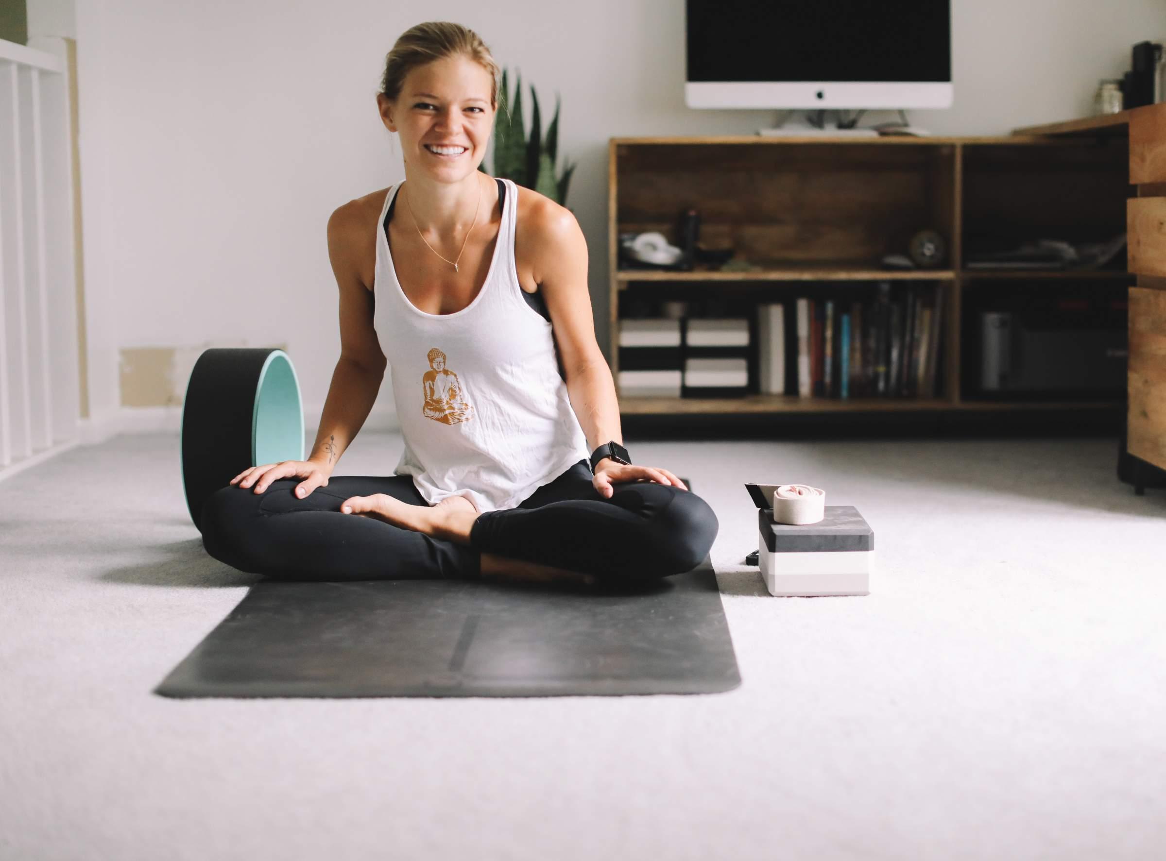 Бесплатные уроки по йоге, занятия с опытными преподавателями.