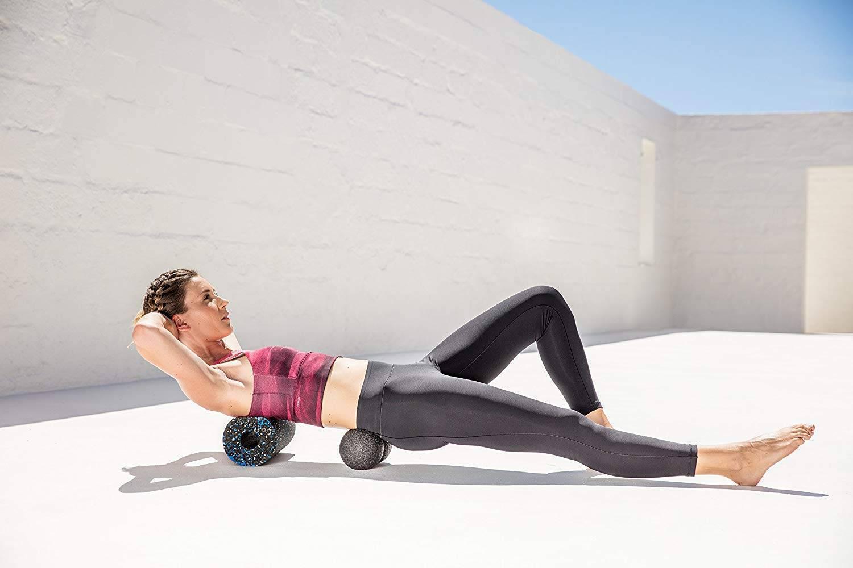Упражнения с массажным роллом. советы по использованию - товары для спорта и фитнеса в спб