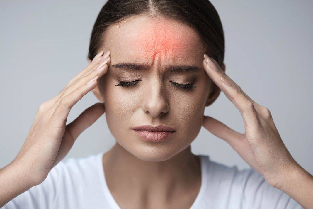 Мудры от головных болей, стрессов и других недомоганий   тадасана - йога и здоровый образ жизни