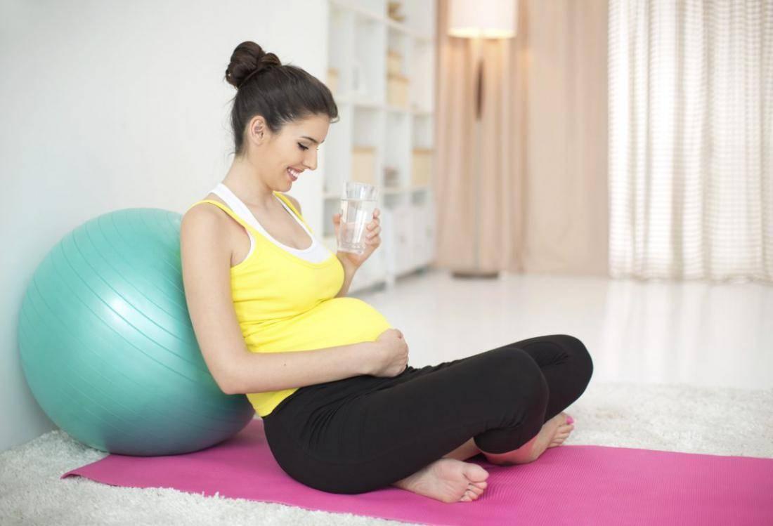 Йога для беременных - зачем, как и сколько надо тренироваться?