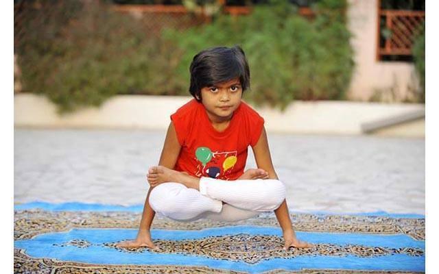 Йога для детей: с какого возраста и какая польза