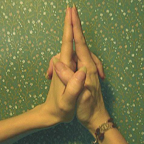 Сакральные жесты: целительные мудры для похудения