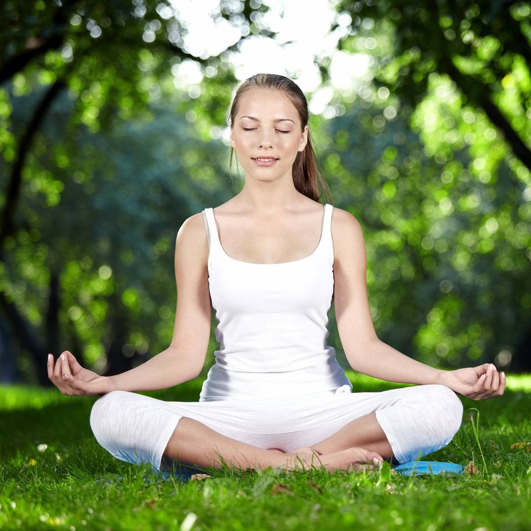 Йога в домашних условиях для начинающих: что надо знать